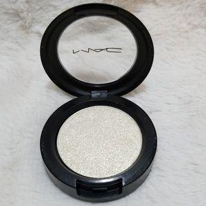 MAC Cosmetics Makeup - MAC FLICKER PRESSED PIGMENT
